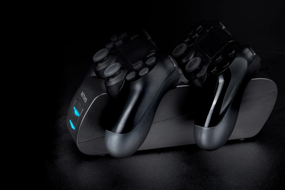 Nitho PS4-CHST-K - Ladesystem - PlayStation 4 - Schwarz - USB