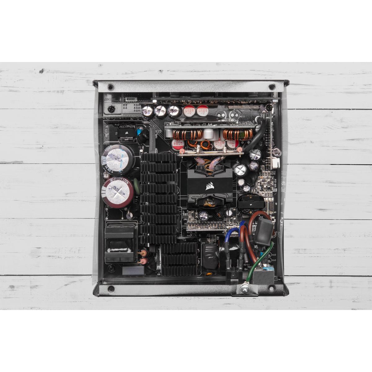 Corsair RMx Series RM850x - Netzteil (intern)