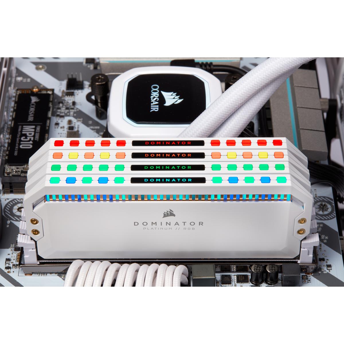 Corsair Dominator Platinum RGB - DDR4 - kit - 32 GB: 4 x 8 GB