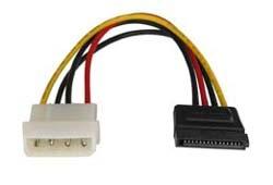 Lindy Internes SATA Stromadapterkabel von 5.25 St. an 15 pol